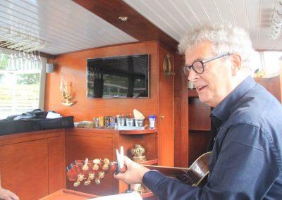 gitaar-spelen-boot