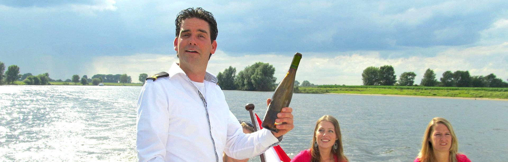Ronassis - rondvaartboot Brabant met Kapitein Koek