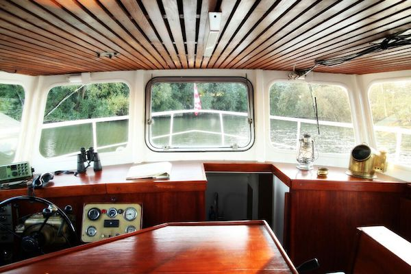 rondvaartboot ronassis