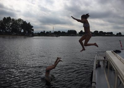 duiken-springen-boot-zwemmen
