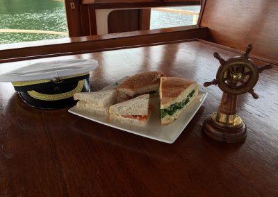 zelf-gemaakte-sandwiches